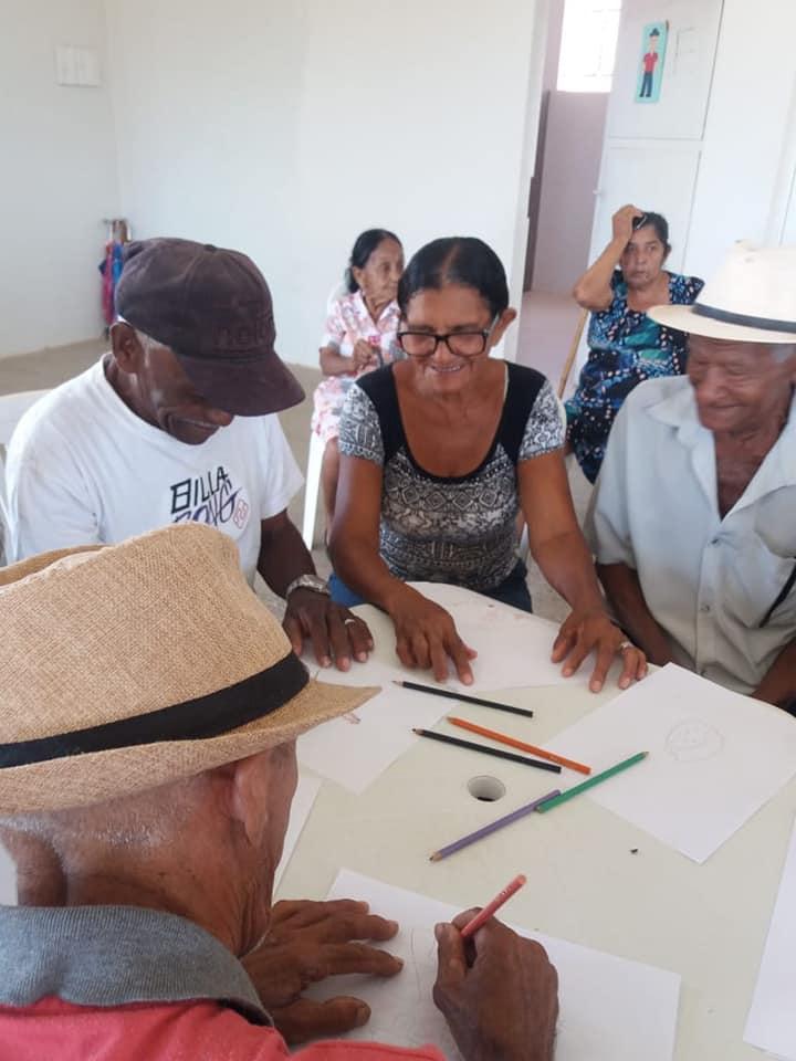 Prefeitura cuidando do idoso